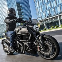 29 DIAVEL CARBON